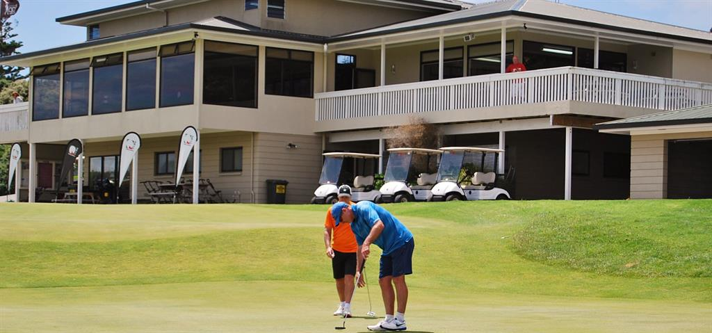 Things To Do In Mangawhai - Golf